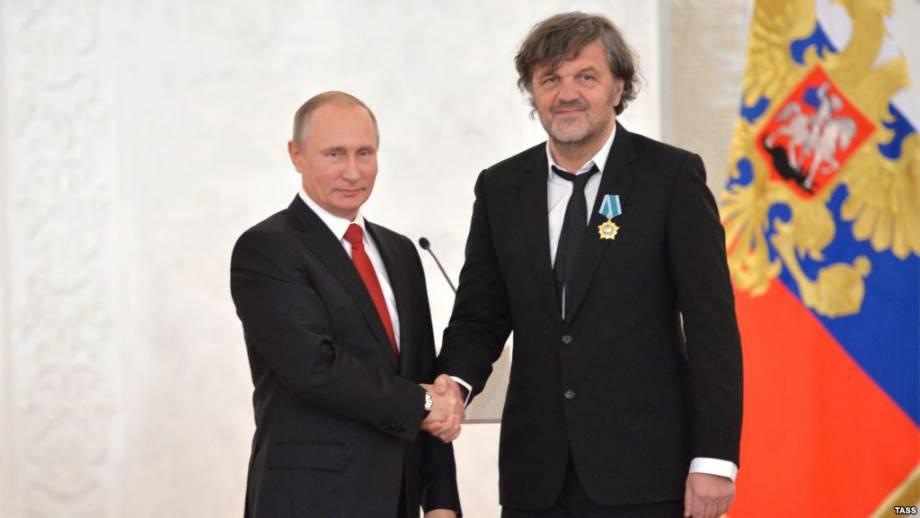 Эмир Кустурица посетил Крым, назвал его «российским» и попал в базу «Миротворца»