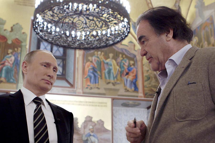 Президент Путин и режиссер Оливер Стоун.png