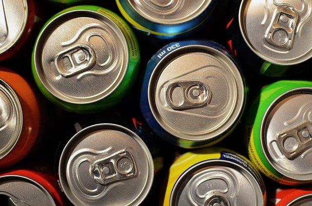 Ученые назвали главную опасность употребления энергетических напитков