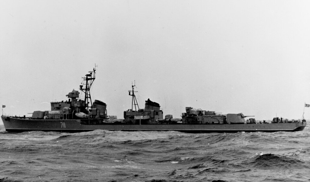 Soviet SKORYY Class Destroyer, photographed in the Baltic Sea Ares during late 1961.