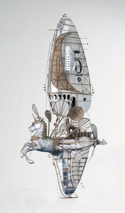 Картонные дирижабли от Йеруна ван Кестерна. Стимпанк-модели продуманы до мелочей: крошечные окош