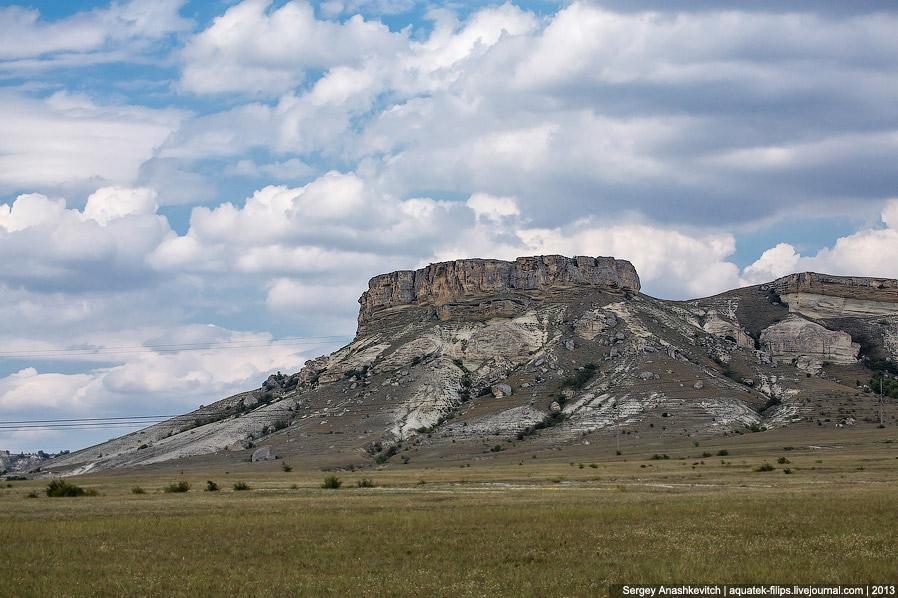 Виды, открывающиеся с плато горы Аджилар.
