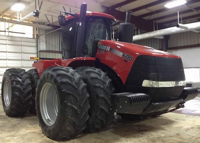 Если по габаритам трактора Steiger-600 – 24494кг, Quadtrac-600 – 26308кг не такие внушительные, то п