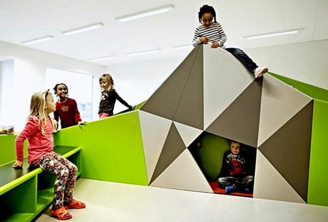 © Wave Avenue / Facebook   Комната сбатутом для гиперактивных детей