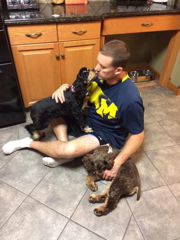 """8. """"А говорил, что собака в доме появится только через его труп"""""""