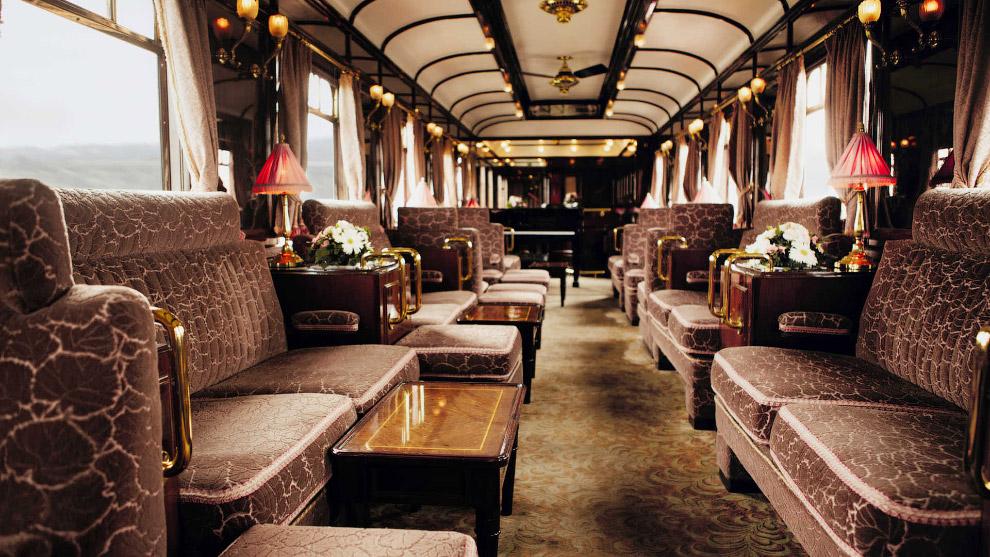 В наши дни старинные вагоны в стиле арт-деко 1920-х и 1930-х годов полностью отреставрированы и