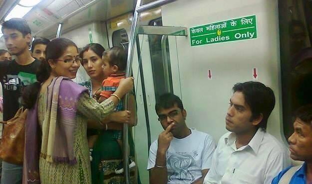 Повседневная жизнь в Индии сильно отличается от туристического рая