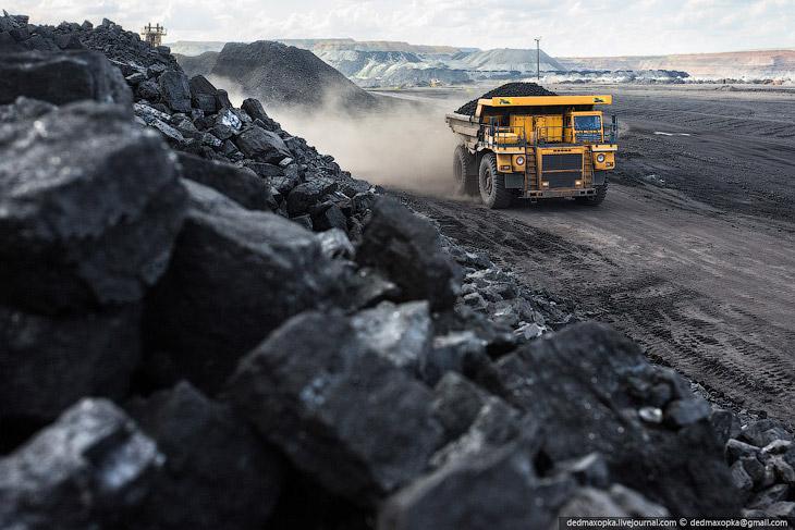 Путешествие на угольный разрез в Казахстане (37 фото)