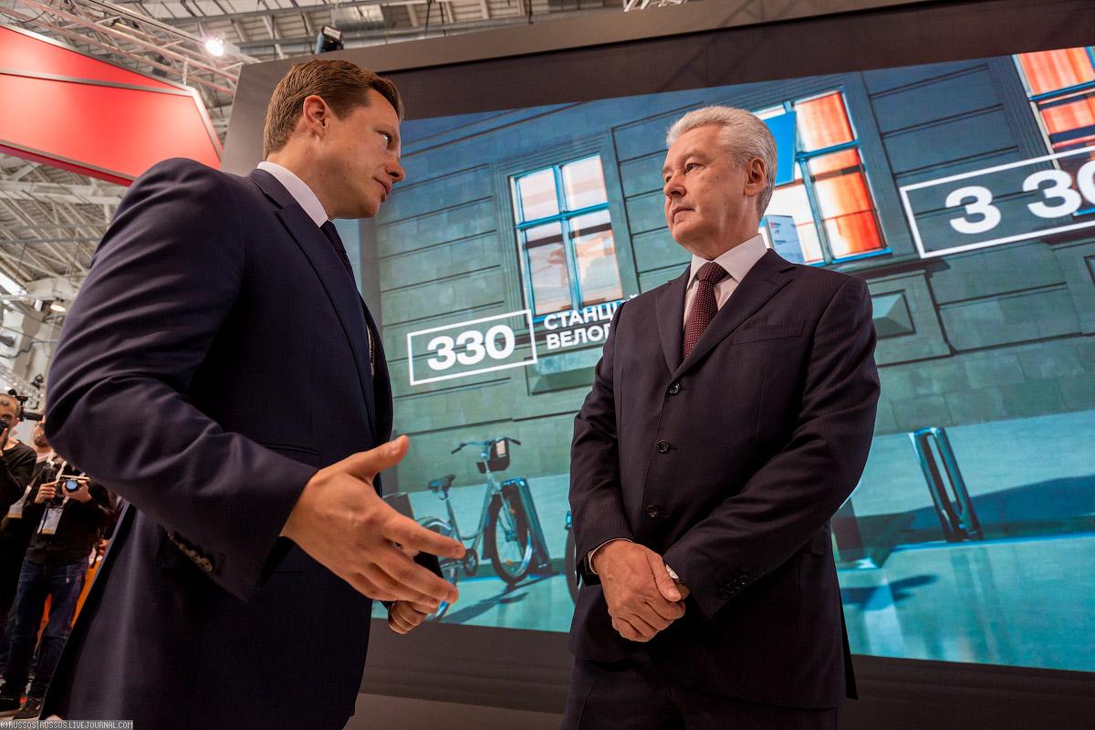 Выставку осмотрел мэр Москвы Сергей Собянин.
