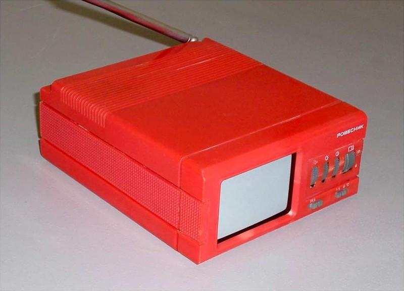19. «Ровесник» — самый маленький телевизор, выпускавшийся в Советском Союзе. Это портативный перенос