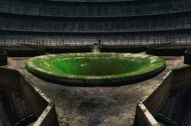 © Stephane Gaudry  В2006 году «Гринпис» дал много негативных отзывов обэлектростанции. Вдок
