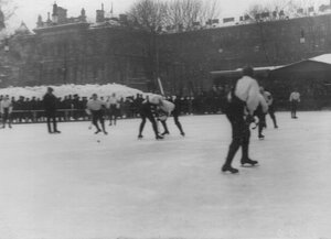 Состязания хоккеистов в Юсуповом саду. 17 февраля 1913