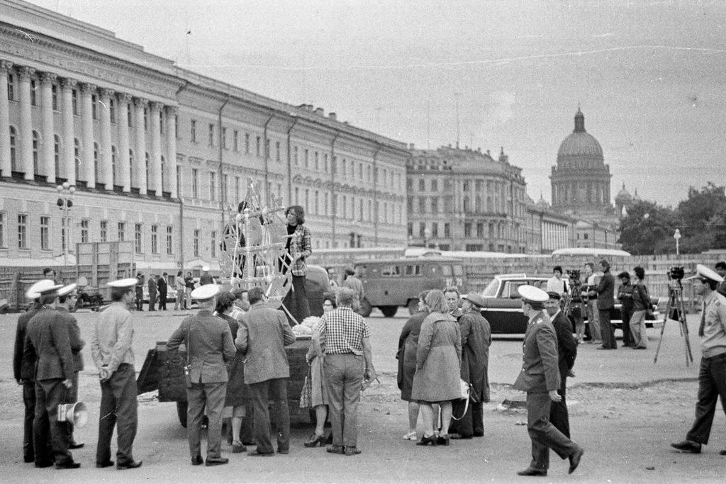 1977 Корабрик.jpg