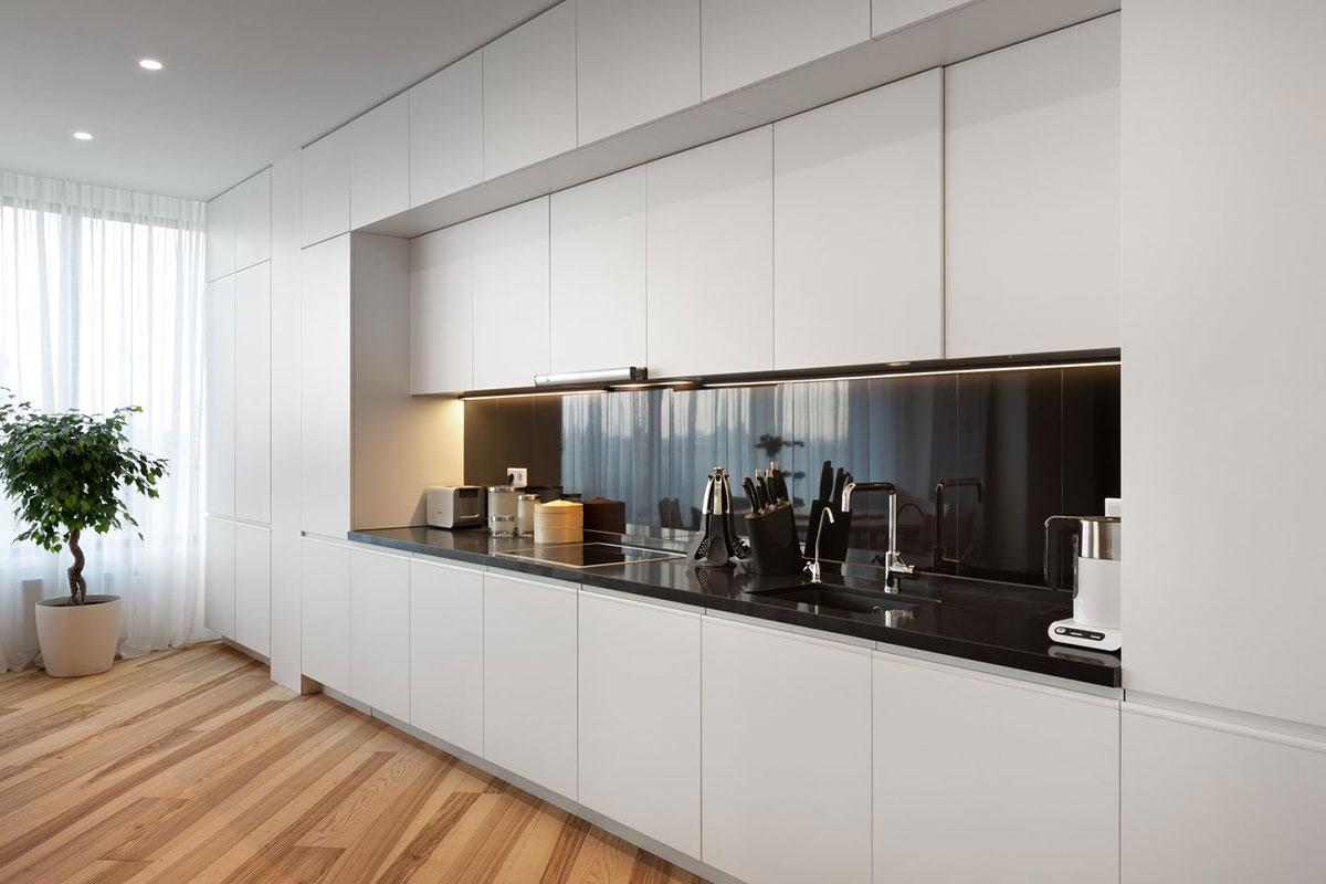 Консольная кухня в квартире