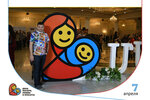 006_7 апреля 2017_Фотозона Райский сад и арт-объект Логотип Дня матери_День матери, любви и красоты.jpg