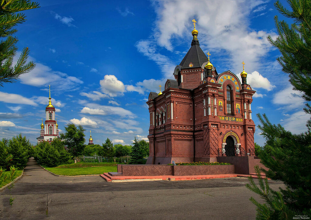 Храм Александра Невского в Михалях.