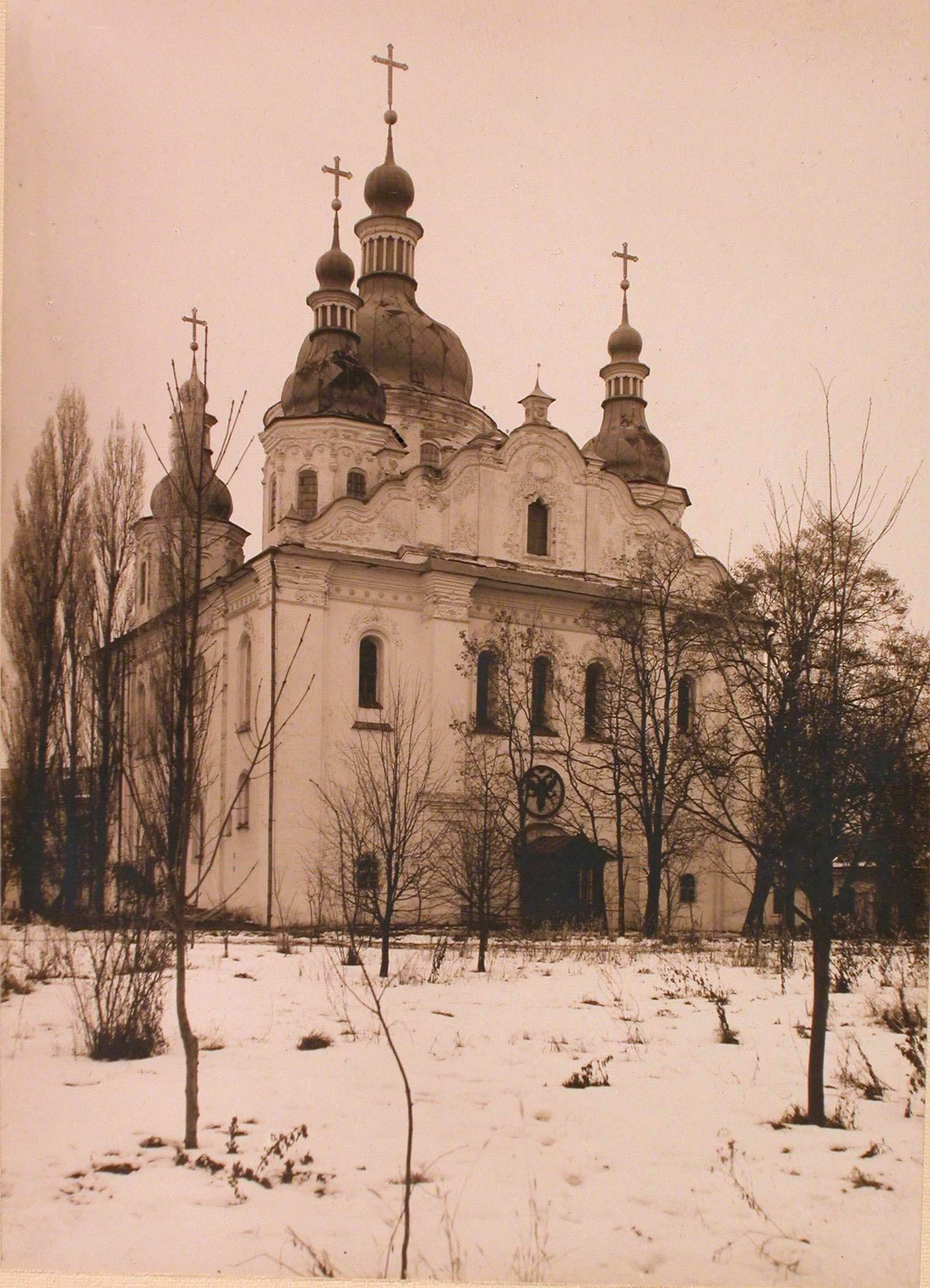 02. Общий вид Троицкого собора (построен в XII веке)