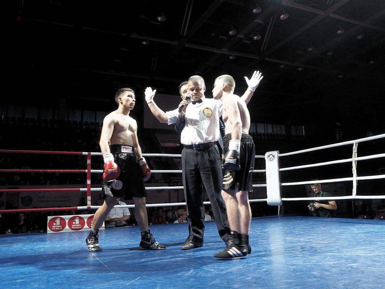 102 Вечер профессионального бокса в Магнитогорске 06.07.2017