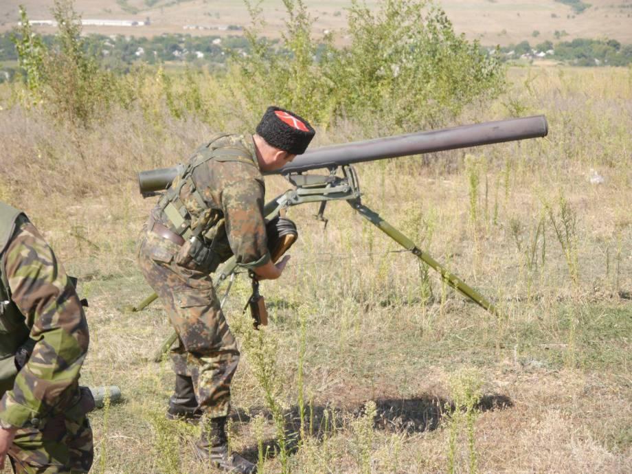 Террористы сегодня обстреливали украинские позиции из гранатометов и минометов