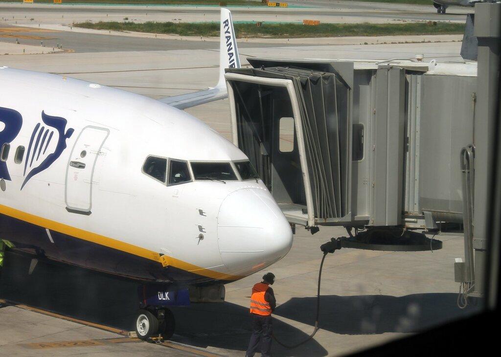 Airport Malaga-Costa del Sol. Rynair Boeing-737 EI-DLK