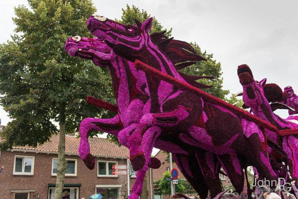 Как прошел с ежегодный голландский парад цветов в Нидерландах