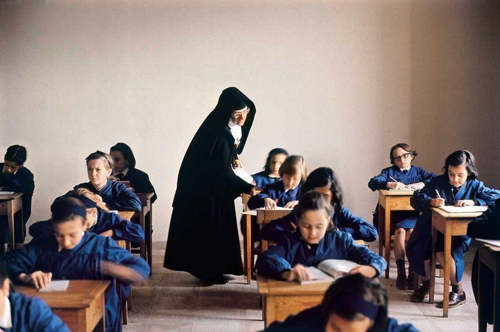 Саламанка, Испания, 1964 год. Урок в женской школе.