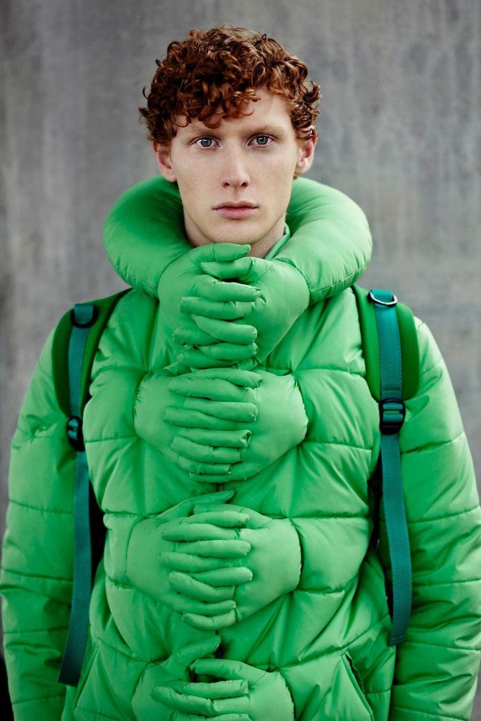 24 абсолютно нелепых предмета одежды, которые только можно купить за деньги (24 фото)