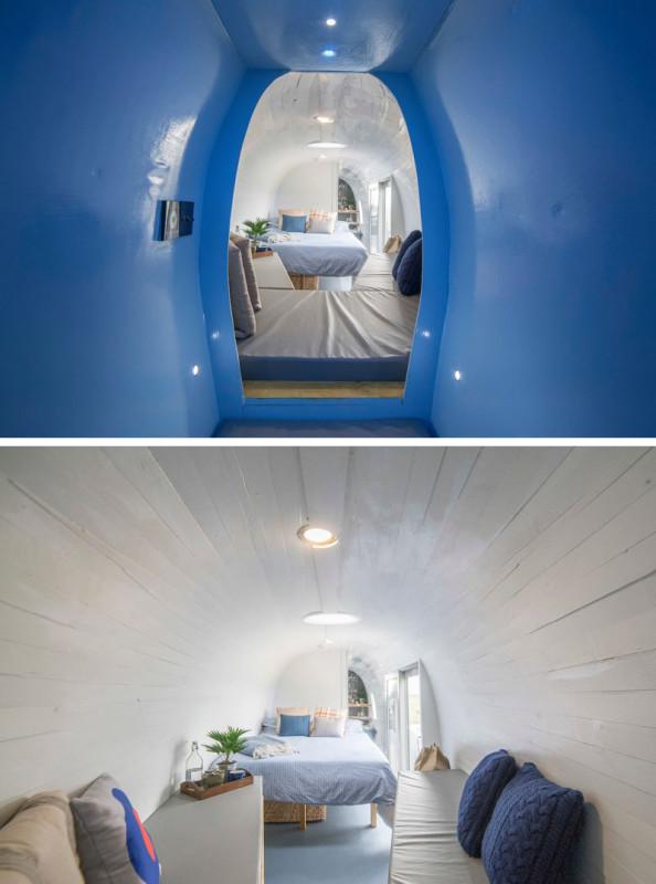 Спальных мест хватит для семьи из пяти человек — двоих взрослых и троих детей. Здесь есть двуспальна