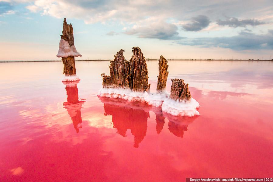 Радуга над соляными полями: