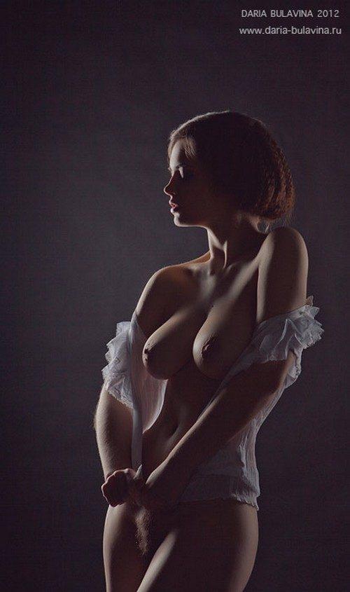 Фотограф эротическое фото с гранатом