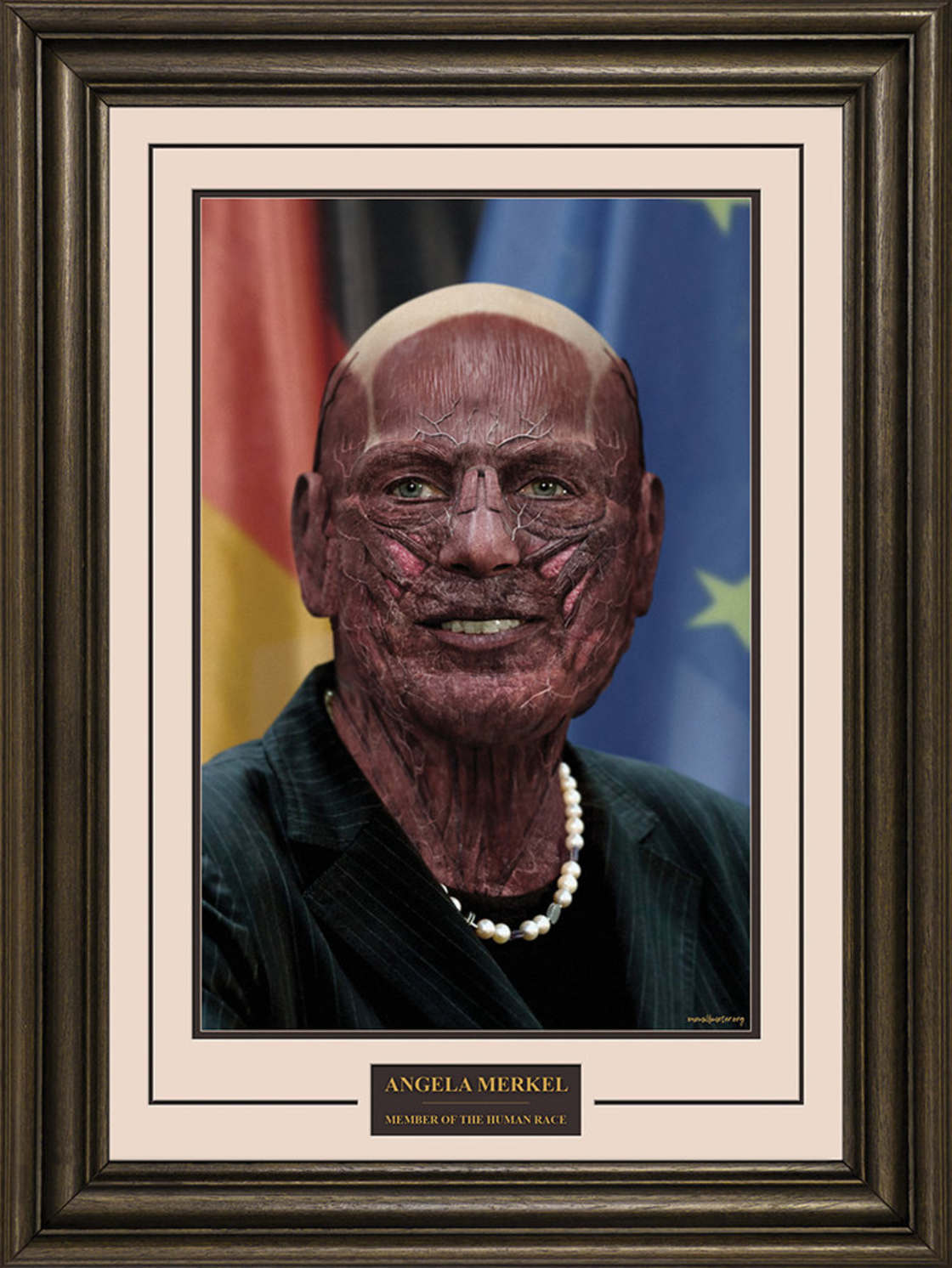 One Millimeter - When artists remove the skin of world leaders