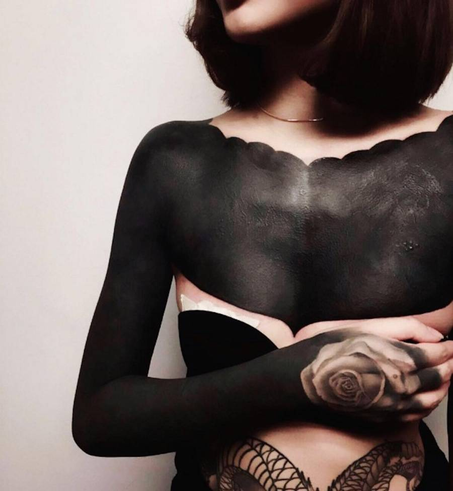 The Blackout & Bold Tattoos Trend