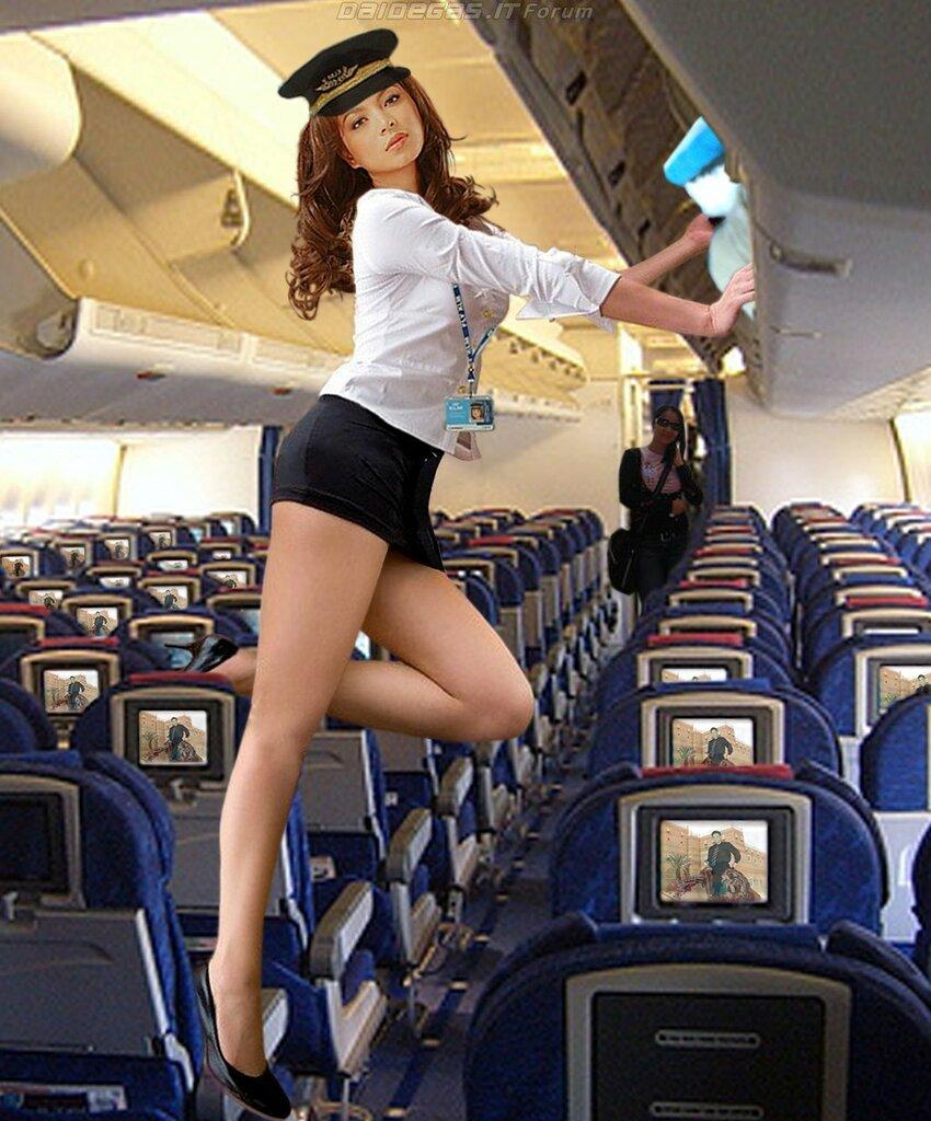 в стюардессу раком самолете