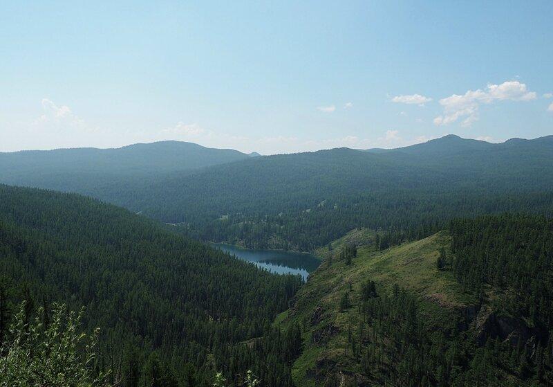 Озеро на Горном Алтае (Lake in the Altai Mountains)