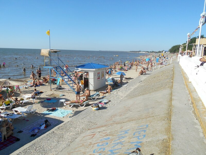 У воды, в жаркий день ... DSCN3629.JPG