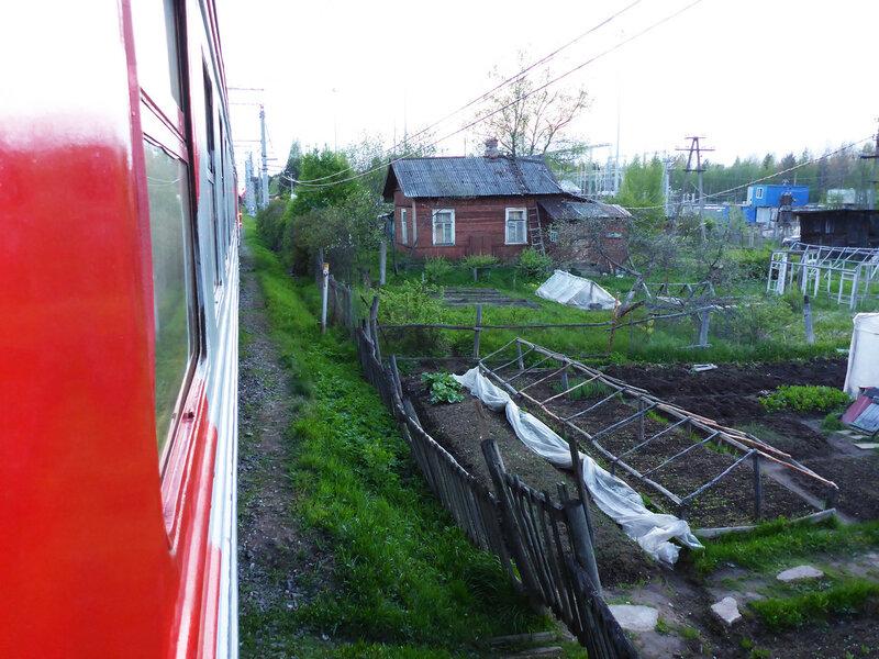 остановка электрички на станции владимирская, ленинградская область