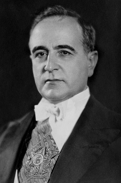 398px-Getulio_Vargas_(1930).jpg