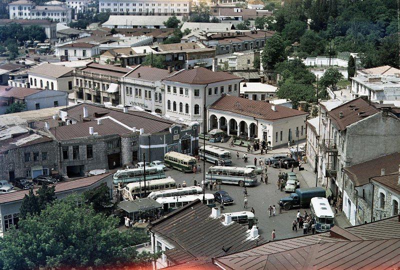 1958-65 Ялта, вид с мачты на город (старый автовокзал). Всеволод Тарасевич.jpg