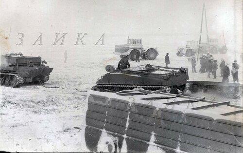ису-152 БТТ-1К и шерман копия.jpg