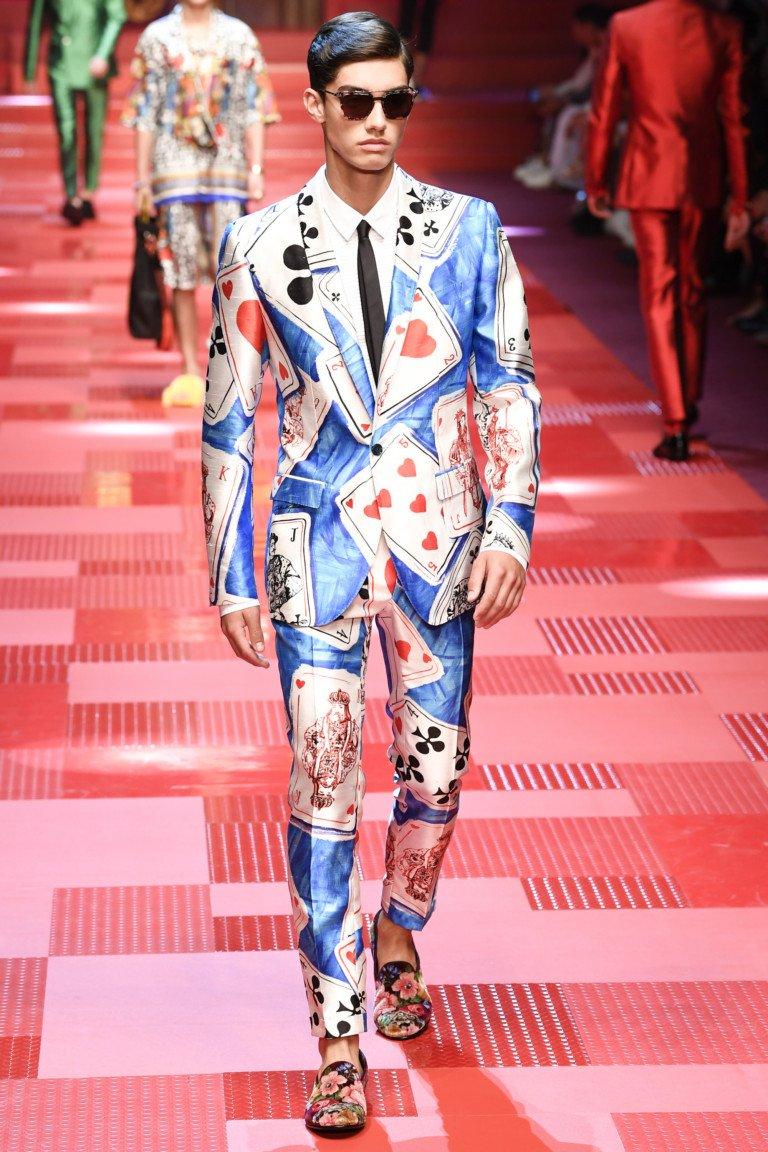 Мужской показ Dolce & Gabbana весна-лето 2018 (22 фото)