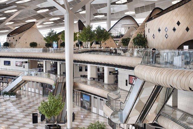 Аэропорт в Баку — это произведение искусства! (7 фото)