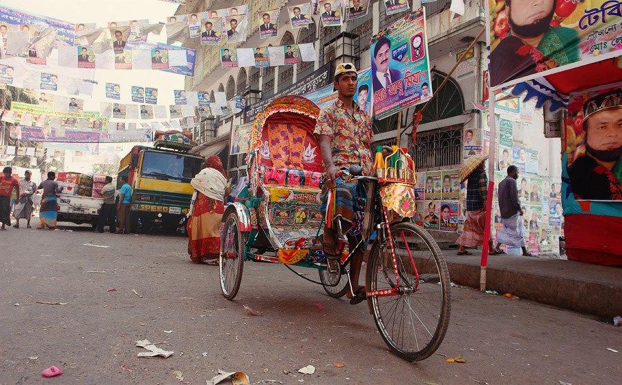Бангладеш — это очень дешево . И всё вокруг на бенгальском. Всё. В аэропорту Дакки туча комаров