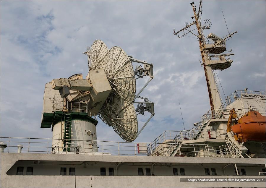 32. Корабль и сейчас выполняет свои прежние задачи: обеспечивает связь с Международной космической с