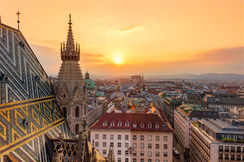 Это один из самых очаровательных городов Европы, раскинувшийся на берегах Дуная.