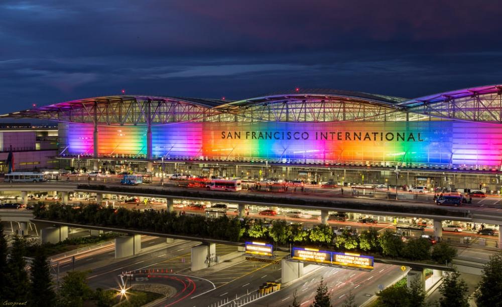 © wikimedia  Самый крупный аэропорт попассажирообороту вобласти залива Сан-Франциско. Втерм