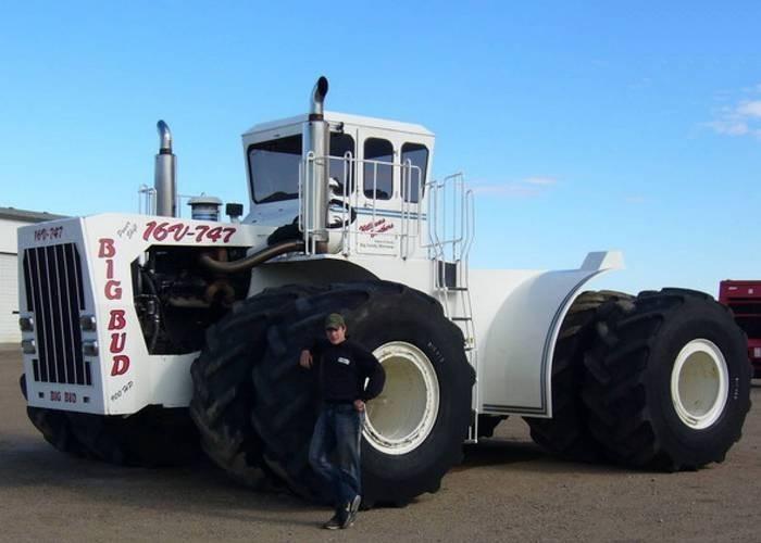 Big Bud-747 – это самый большой в мире трактор (в своем классе). Модернизация в 1997 года позволила