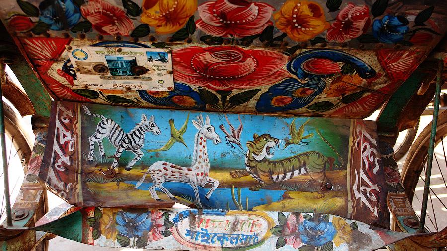В середине прошлого века мастеров по росписи рикш можно было перечесть по пальцам. Сегодня же э