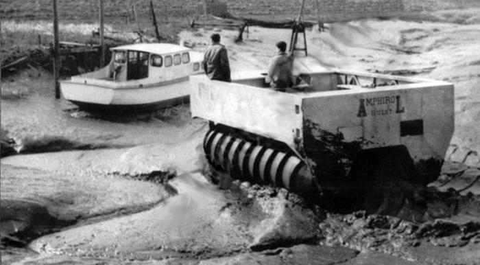 DAF Amphirol на дне канала. | Фото: carstyling.ru. В 1960-е годы голландец Джозеф Жан де Баккер (Jos