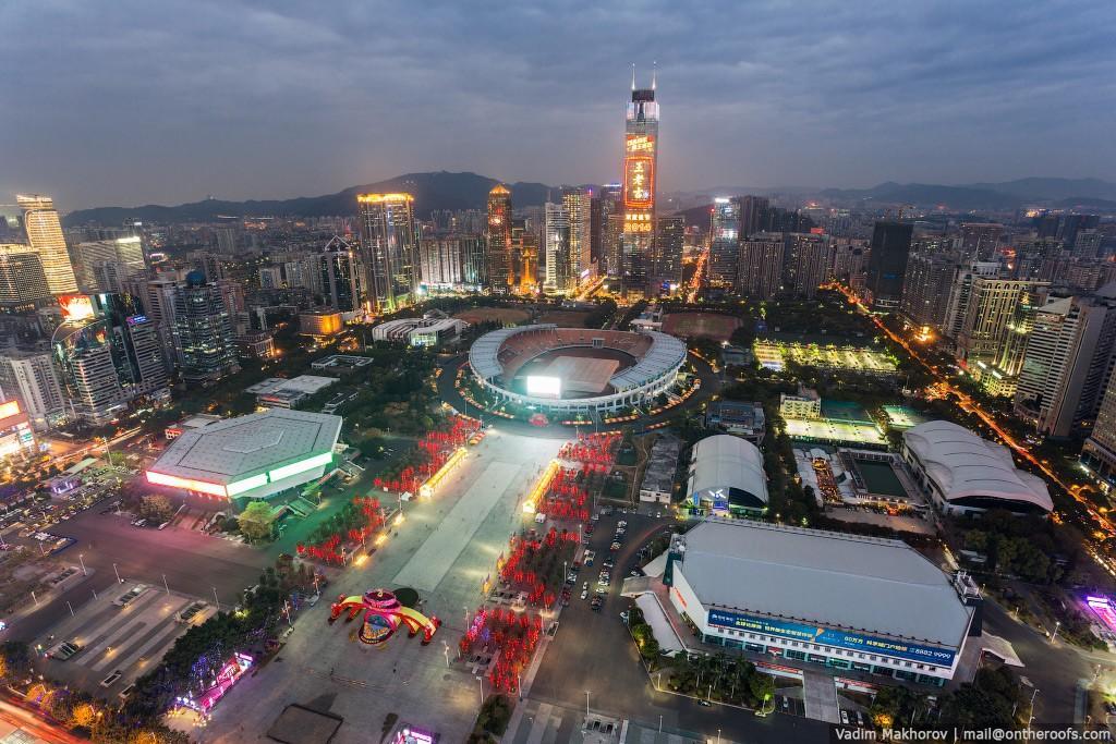 5. Комплекс спортивных сооружений Tinhe, включающий в себя стадион Tianhe, вместимость которого 60 0