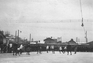 Матч в русский хоккей на катке для игры в русский хоккей (Обводный канал, 130). Февраль 1914